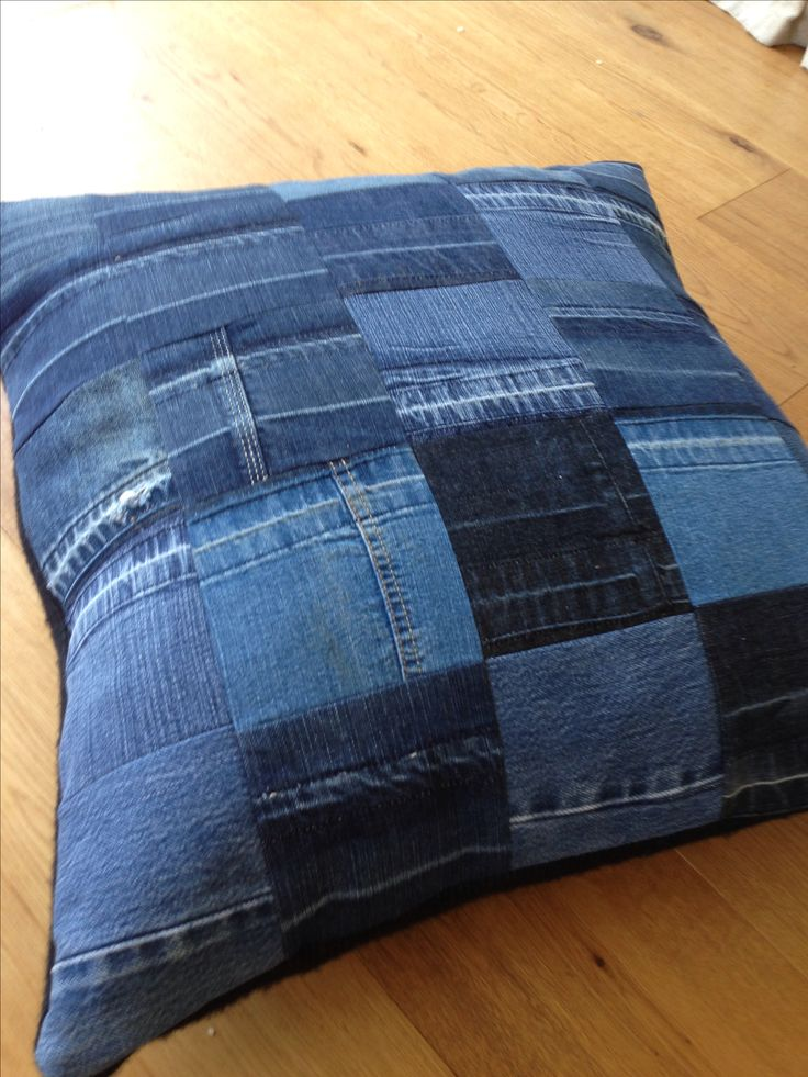 Patchwork Denim Cushions — Crafthubs