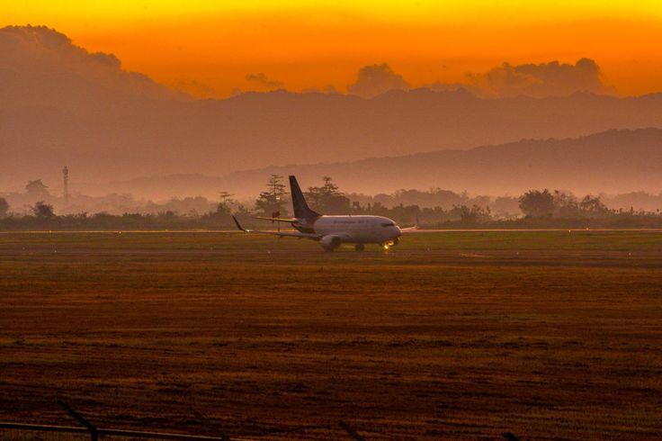 Bandara Sultan Hasanuddin, Makassar, Sulawesi Selatan, Indonesia