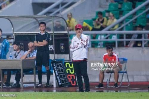07-20 GUANGZHOU, CHINA - JULY 18: AC Milan Coach Vincenzo... #montella: 07-20 GUANGZHOU, CHINA - JULY 18: AC Milan Coach… #montella
