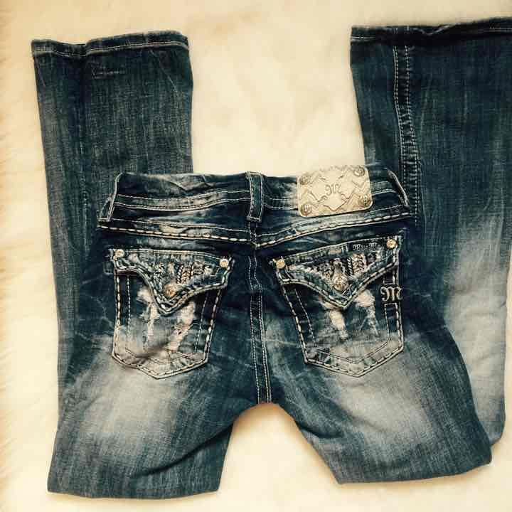MISS ME ⚡️Free S/H - Mercari: Anyone can buy & sell ------Miss me jeans, teen, pants, jeans, designer, buckle, lace, rhinestone, cheap, blinged out, bling, l.a. Idol, sparkly, women's, girl's, girls, kids, denim, discount, cheap --- USE invite code: KXUFRF ---when signing up & receive $2 spending credit
