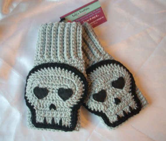 ****Inspiration**** Gray Skull Mittens Crochet Fingerless Texting