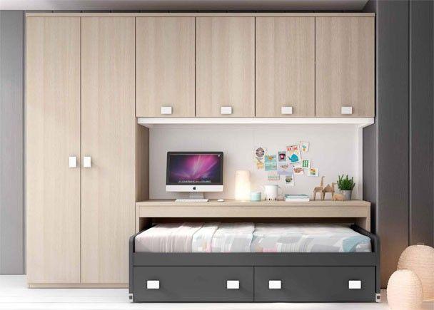 Habitaci n juvenil con compacto mesa y armarios for Armarios habitacion juvenil