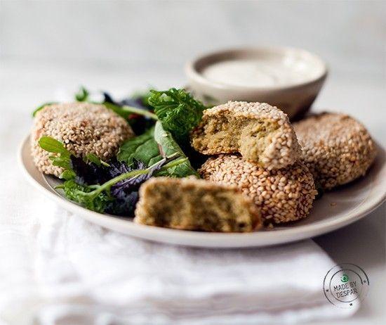 Polpettine speziate di lenticchie e ceci con crosta <br>al sesamo