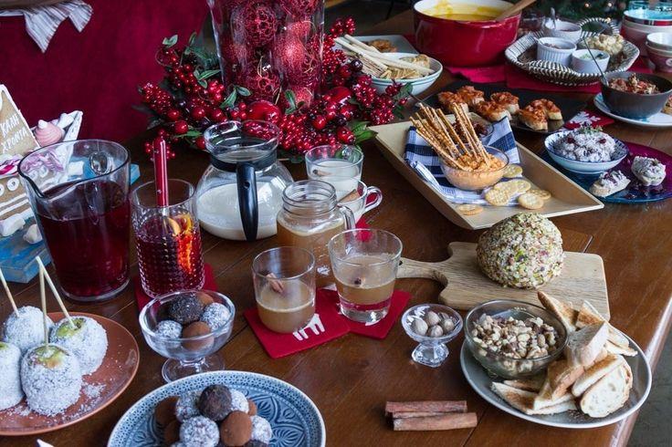 Συνταγές για χριστουγεννιάτικο πάρτυ, για το πάρτυ της χρονιάς που θα ξετρελάνει τους φίλους σας. Εύκολες συνταγές, dips και toppings καθώς και υπέροχα ροφήματα.