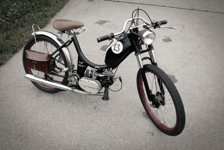 sachs moped 13. For summer cruises by the beach I'd say.