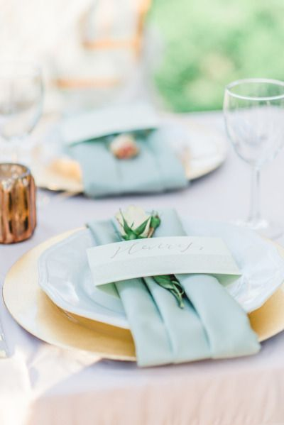 Gilded table decor: http://www.stylemepretty.com/texas-weddings/richmond-tx/2015/05/01/whimsical-southern-spanish-moss-wedding-inspiration/ | Photography: Mallory Gilani - http://www.mallorygilani.com/