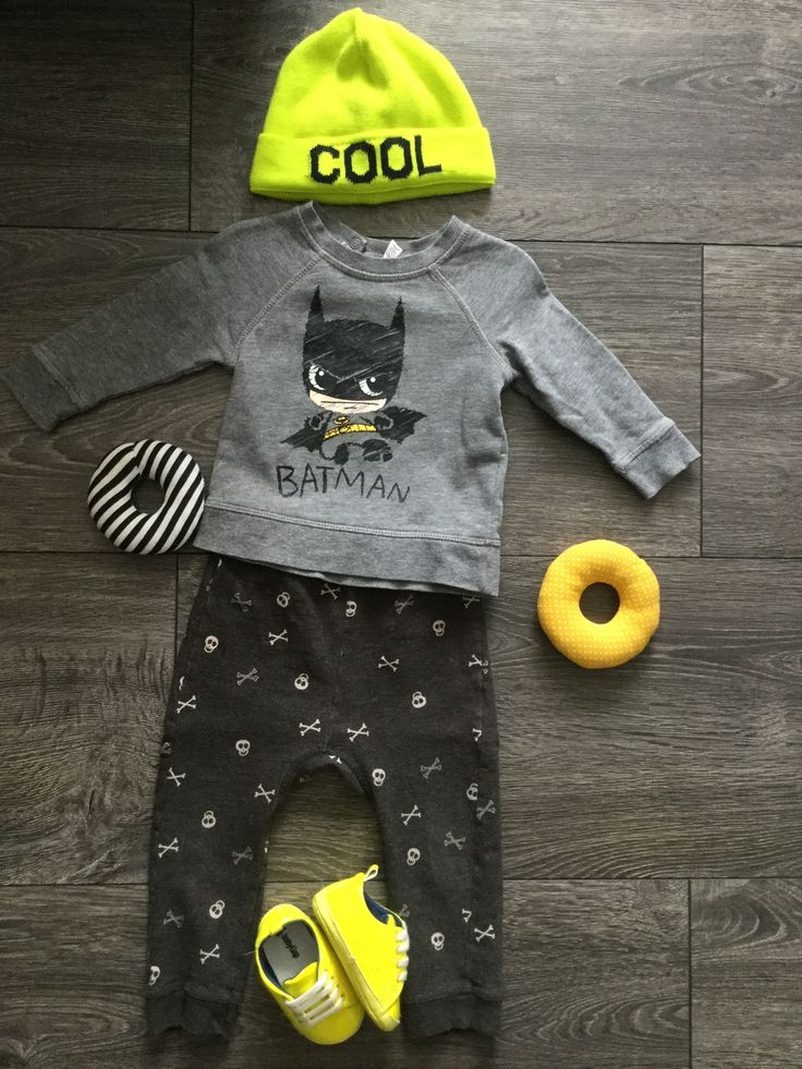 Batman H&M, joggers Zara, Cool Cap + shoes GAP