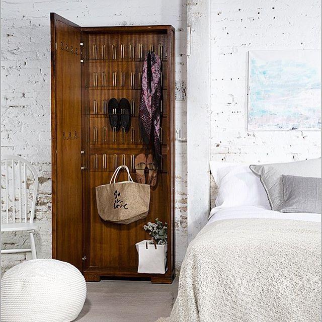 M s de 25 ideas incre bles sobre espejos de cuerpo entero en pinterest dormitorio principal - A que altura colgar un espejo de cuerpo entero ...