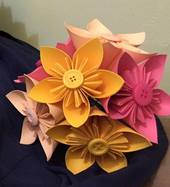 Bouquet di fiori di carta regalo matrimonio di LottieRoseBouquets