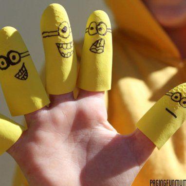 Fabrique des marionnettes avec des gants !