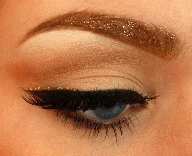 Glitter eyebrows? I've been doing this for the last month. OBSESSED.