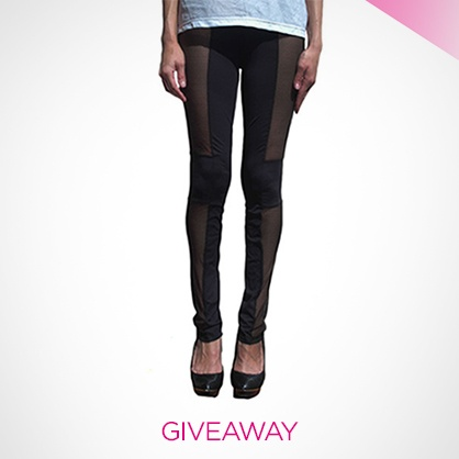 Lace Panel Leggings #Giveaway #Ladylux #LUXHoliday
