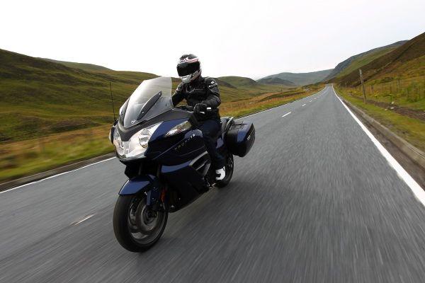 Essai MJ : la Triumph 1200 Trophy SE est une moto réussie « News – Moto Journal