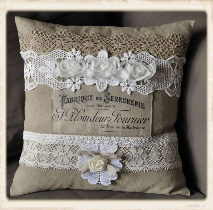 French pillow - LOVE the design (from the Graphics Fairy), lace,burlap, and flowers - I especially like the beige lace on top and flat lace below - very nice!
