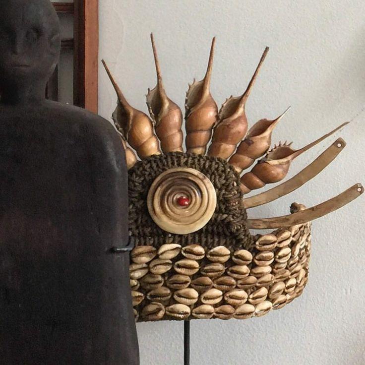 Global Emporium Papua Nrew Guinea Head dress