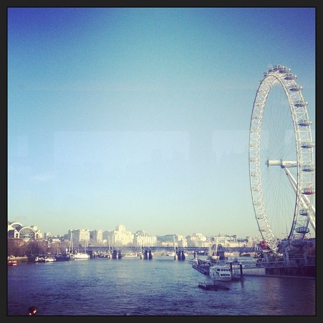 Hey #London! You're looking mighty fine today. Thanks for getting our Wednesday off to such a great start. #topshoploves #londoneye #wednesday #spring
