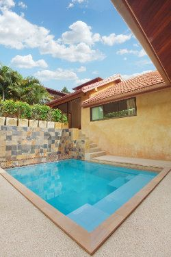 Plunge pool tucked away in the backyard - nice