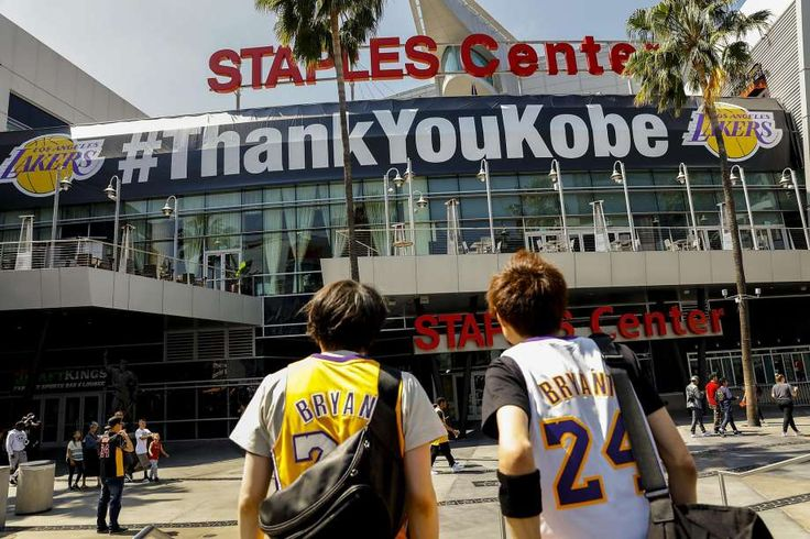 Kobe Bryant's last game: Warriors pay respects #KobeBryant...: Kobe Bryant's last game:… #KobeBryant #Lakers #Kobe #KobeBryantLastGame #NBA