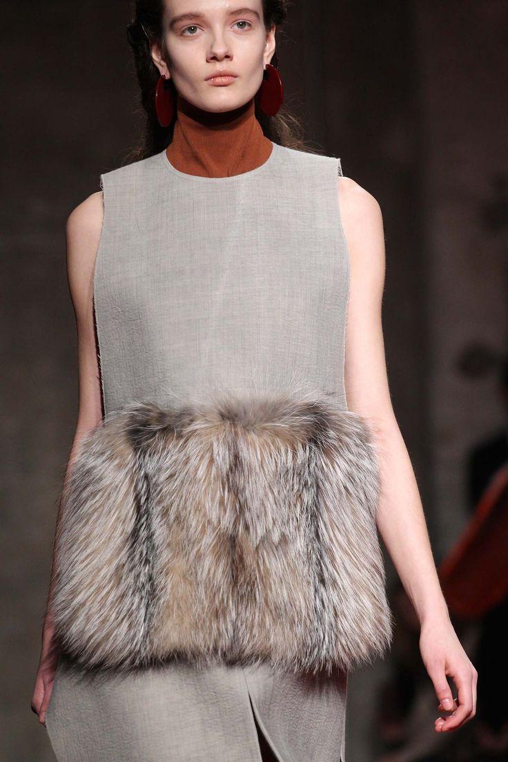 Marni Fall 2015 Ready-to-Wear Style.com