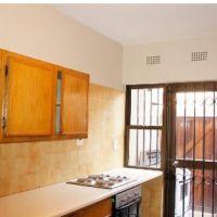 152 sqft,3 bedroom apartment for rent in Parktown, Johannesburg