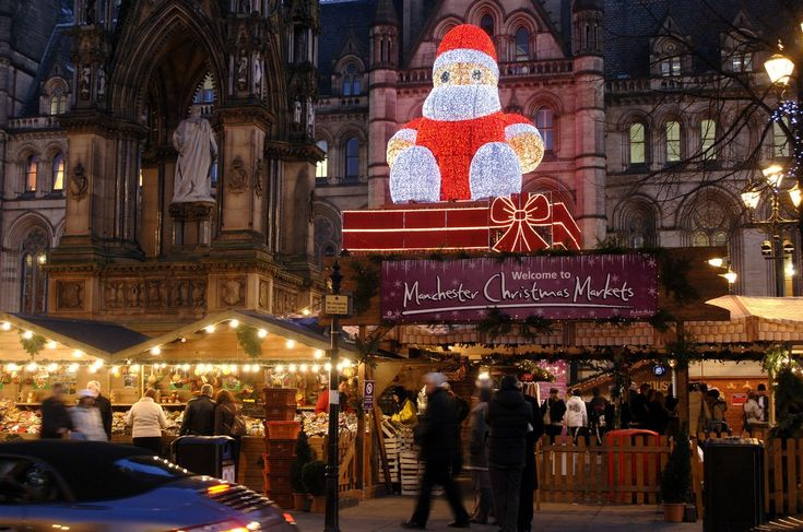 Manchester Christmas Markets depends on four basic elements: tree up, lights on, Zippy on the roof and markets running. See more cliking on the image.