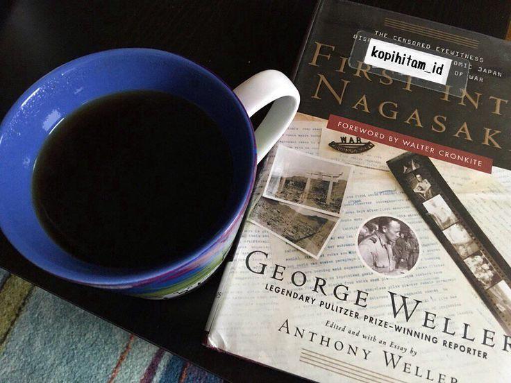 : Waktu; jika aku telah merelakan waktuku kau habiskan bahkan hanya dalam canda tak lucu dan aku masih disitu. Benar aku sedang mencintaimu. Tapi aku bagimu adalah buku yang tak selesai kamu baca lalu kau tutup begitu saja. Bagimu selesai bagiku baru saja memulai.  #blackcoffee #coffee #kopihitam #kopihitam_id #kopi #coffeetime #booksandblackcoffee @booksandblackcoffeee #book by kopihitam_id