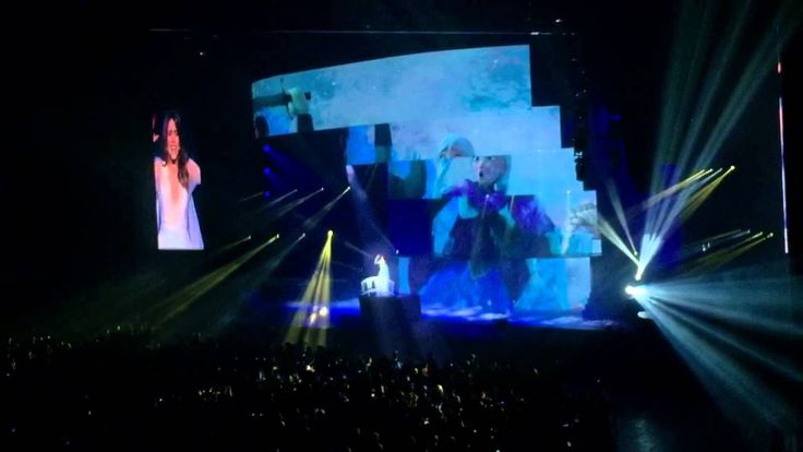 Libre Soy (La Reine des Neiges) - Violetta Live 2015 - Nantes France - 20/09/2015 - from #rosalys at www.rosalys.net - work licensed under Creative Commons Attribution-Noncommercial