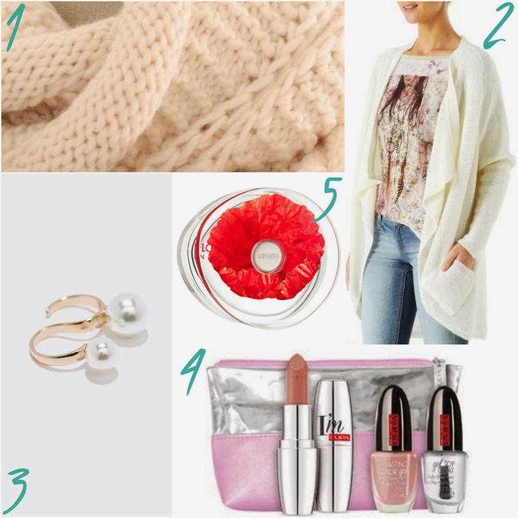 Valens... per voi: Mini guide: 5 #Christmasgifts for romantics #fluffygifts #romanticaccessories #pink #fashionaccessories