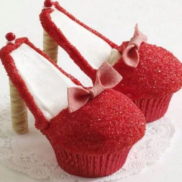 Top 10 Best Recipes and Designs for High Heel Cupcakes  Shoes that are worth licking and bitting!   #CupCakes #CupCake #shoeselfie