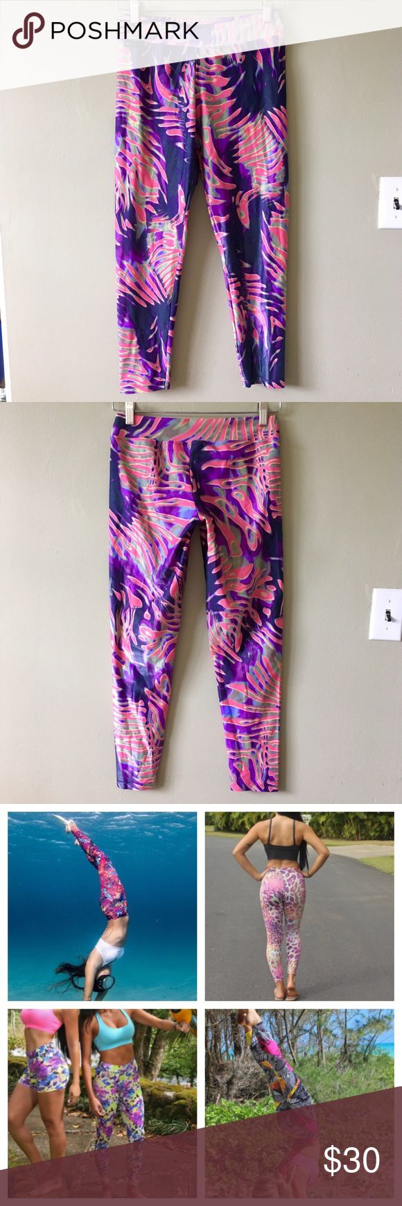 🌈Santo Fit Colorful Stretch Yoga Leggings Pants 🌴Santo Fit Hawaii/Brazil Colorful Pattern Stretch Medium Waist Yoga Athletic Workout Fitness Leggings Pants. Size Large. 85% polyamide, 15% elastane. Barely used, excellent condition. Comfy and fun!🌺 Santo Fit Pants Leggings