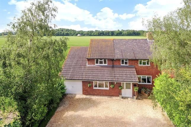 4 bed property for sale in Wantage Road, Rowstock, Didcot OX11 -            £485,000                  Guide price