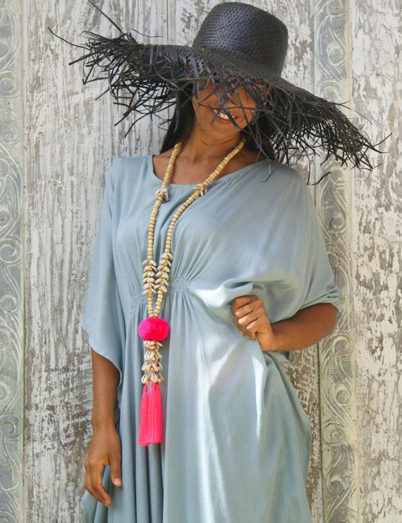 Pompom necklaces/Shells necklaces/Bohemian necklaces/Beach wear/Summer necklaces/Trendy Summer necklaces * LAGOAS NECKLACE