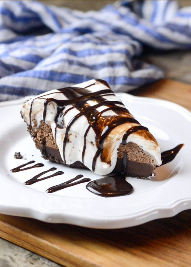The Best Mississippi Mud Pie! It's insanely rich and delicious and also SO super easy! It's a winner and the recipe is a keeper!