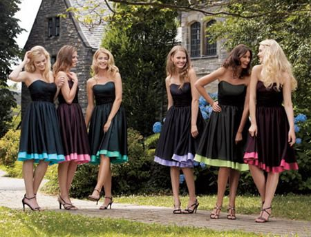 i like the idea of the same color dress on all the girls with a different pop of color.