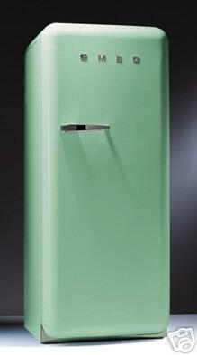 Pistachio green smeg