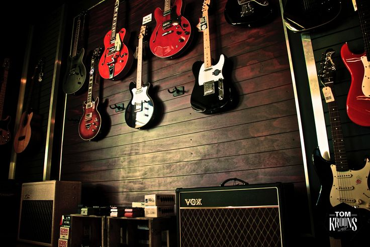 Vox, Fender, Gretsch, Music, Musical Instruments