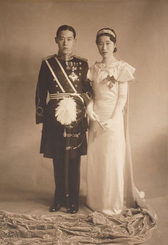 Wedding Album of Prince Yi Wu and Park Chanju, 27.5cm×38.5cm, 1930s, Collection of The Museum of Photography, Seoul