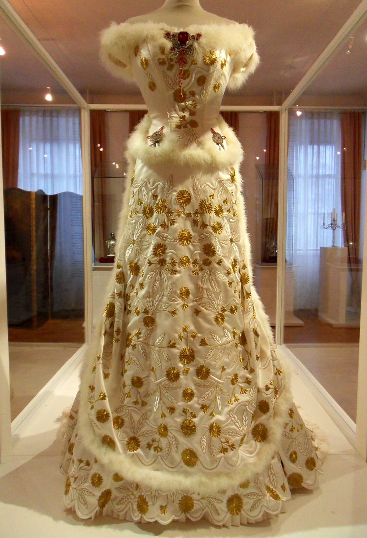 A Replica Of Empress Sisi S Diamond Wedding Anniversary