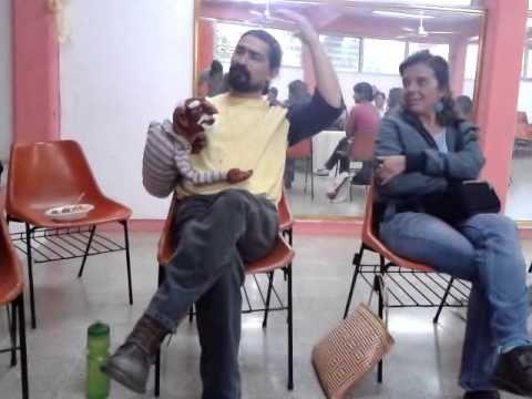 Introducción al taller de Títeres del Maestro Emilio Gómez Ozuna, técnicas para usar el títere
