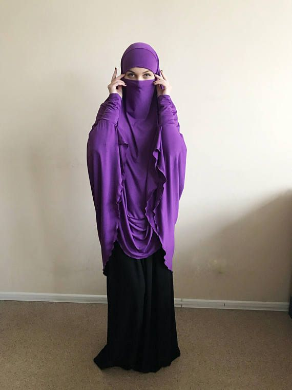 The original model of the traditional hijab - #khimar, which is a single movement can become a #niqab. You just need to lift hijab from his chin and closes face.bright saturated color purple - looks stylish!. It will become a favorite in your wardrobe! This model burkas have a cuff