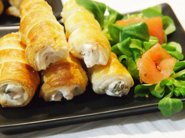 Hojaldres rellenos de ajo-perejil y salmón. ¡Un aperitivo para sorprender!