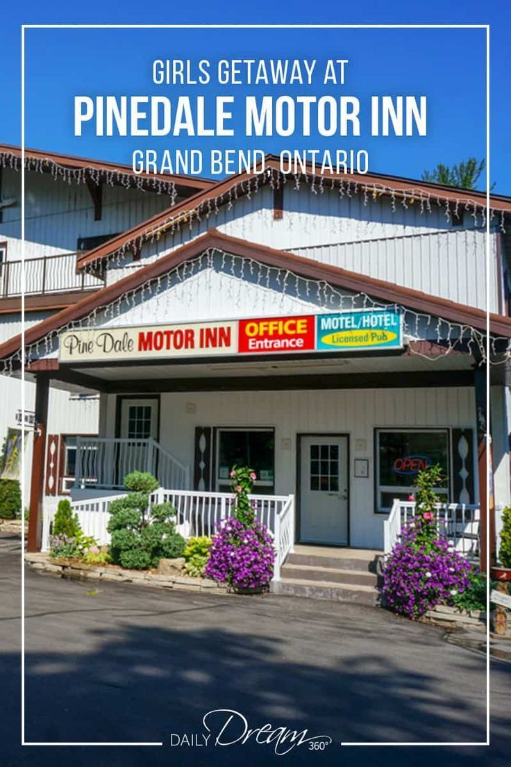 Escape The City For A Beach Vacation In Ontario We Recommend Pinedale Motor Inn Grand Bend This Is Family Run Hotel Just Minutes From