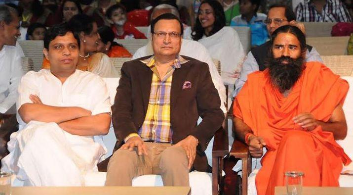#Yoga guru Baba Ramdev and Acharya Balkrishna ji with Rajat Sharma,India TV