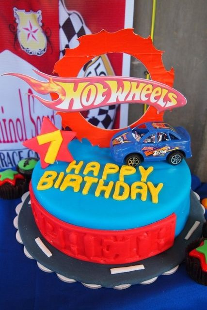Cake at a Cars Party #cars #partycake