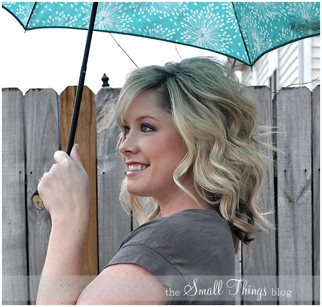 Great hair (and beauty) blog for styling shoulder length hair   The Small Things Blog