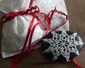 Cristallo di neve,2,: merletto su sasso