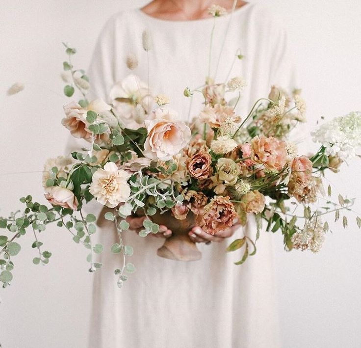 Antique bouquet | Earthy pinks, baby blush, ivory + textured foliages