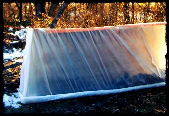 How to Make a Super Shelter for Cold Environment.  Im no doomsday prepper but good to know for winter camping