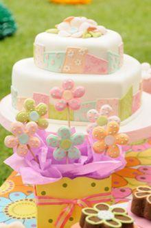 Cake, tortas, cookies y cupcakes inspiracion patchwork, flower power por Marcela Capo