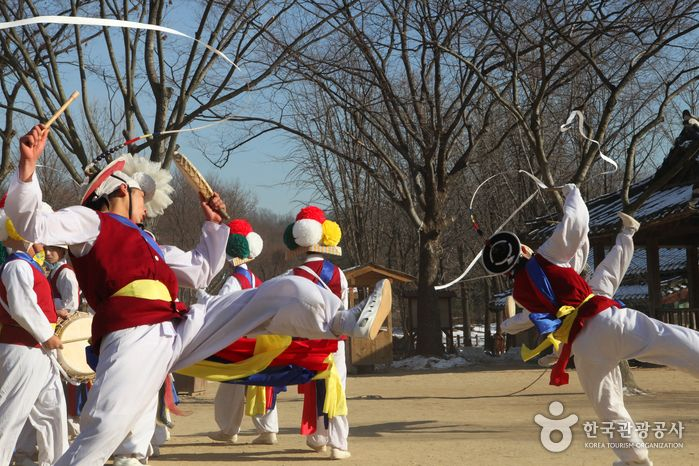 한국 고유의 전통을 보고 듣고 체험할 수 있는 민속전시장, 경기 용인 한국민속촌